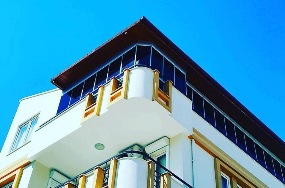 balkon camlama izmir